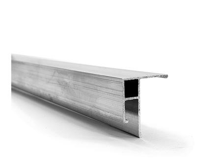 Uniwersalny bezuszczelkowy aluminiowy profil do sufitów napinanych.